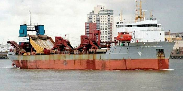 Picture of City of Westminster Dredger that contained Asbestos Pipework